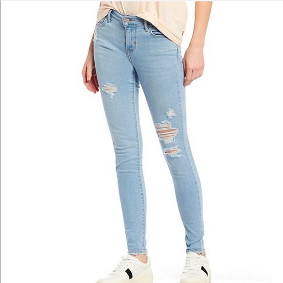 Levi's Denim - Women's Levi's 710 Super Skinny Jeans